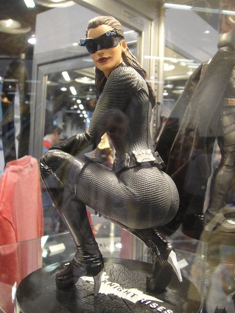WonderCon 2012 - Dark Knight Rises Catwoman statue