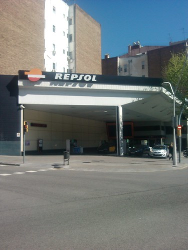 Petrol Station Diagonal-Bruc by simonharrisbcn