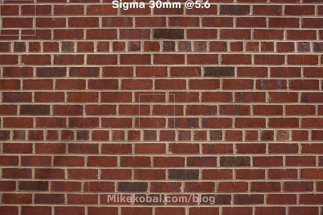 Sigma_30mm56_onNex7