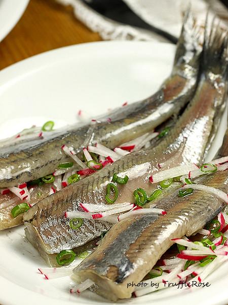 生鯡魚 。荷蘭生魚片-1206