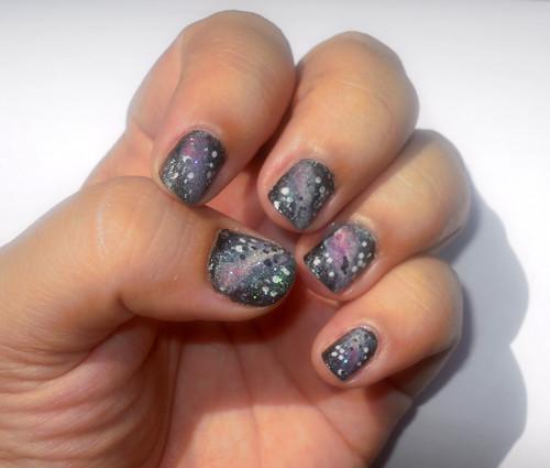 Galazy nail art