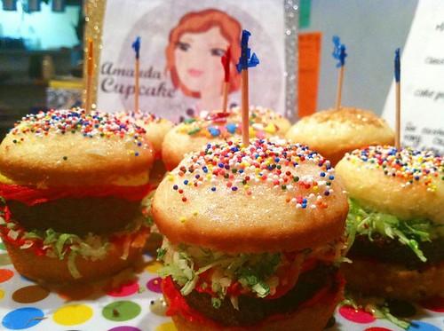 Hamburger Cupcakes by Amanda Cupcake!