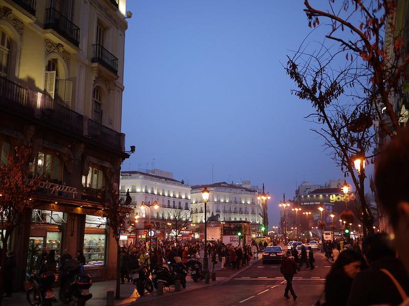 入夜的太陽門廣場