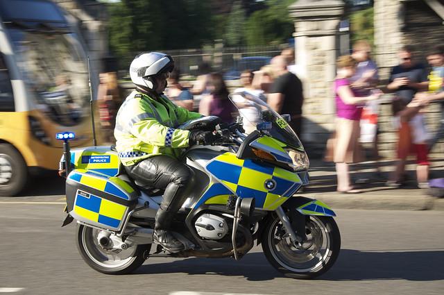 mototcycle cop