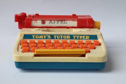 Tomys Tutor Typer