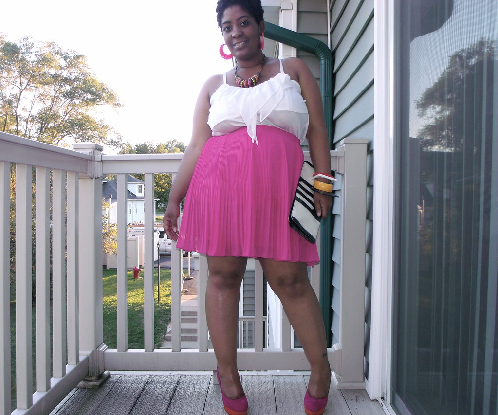 Old Navy Pleated Skirt