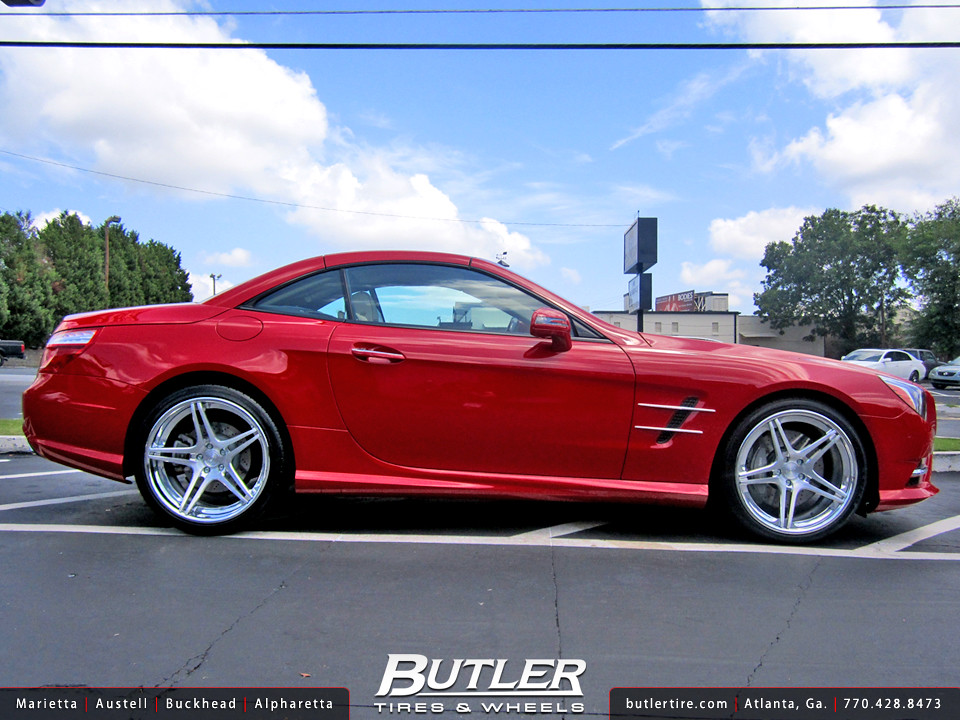 2013 Mercedes SL550 with 20in Niche Sportiva Wheels