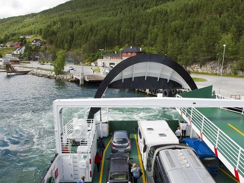 209 Llegando el ferry Gudvangen-Kaupanger