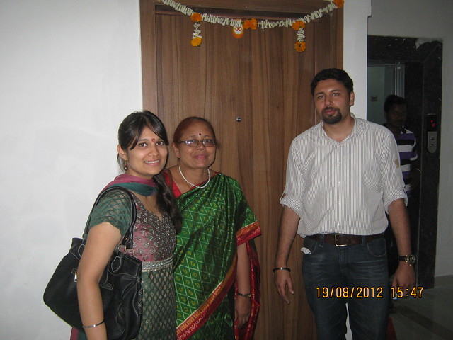 Harneet & Sunil with his mother and 1202 / A5, Sparklet - Megapolis Smart Homes 1, Hinjewadi Phase 3, Pune on 19th August 2012
