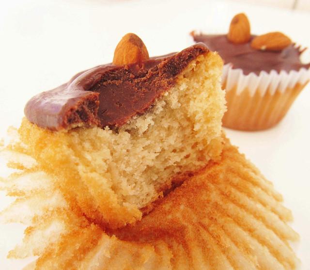 Cupcake de baunilha com ganashe