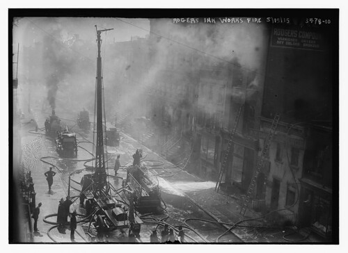 Rogers Ink Works fire, 5/15/15  (LOC)