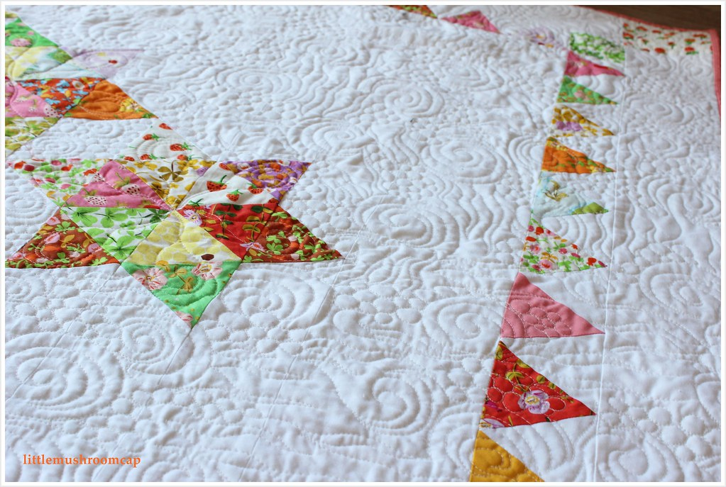 Quilt Briar Rose Starry Diamond Equilateral Triangle bunting