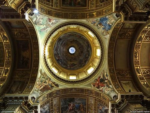 rome roma church cupola dome baroque barocco interno internal cúpula santandreadellavalle miradainterna