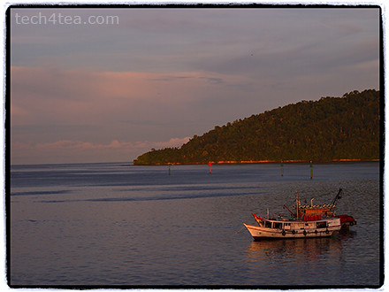 Sunrise at Kota Kinabalu. Taken with Olympus PEN E-P3 with 40-150mm kit lens using Frame effect.