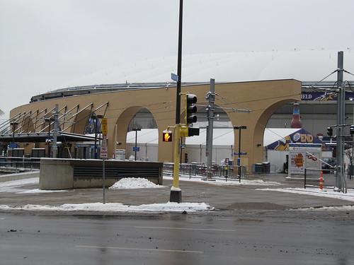 Metrodome LRT Station