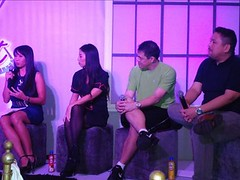 (L-R) Fit 'n Right brand manager, Sexy Chef Barni Alejandro, Fitness Expert Raul Banzon, and Rajo Laurel