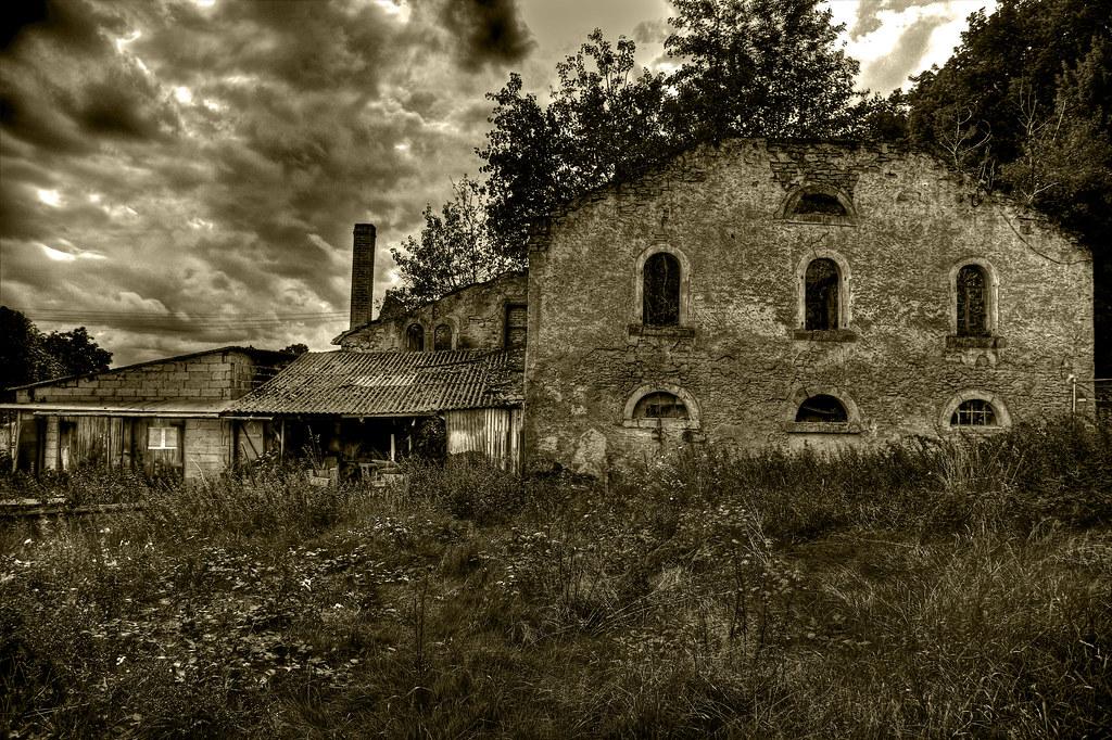 Old & Abandoned Farm_(Explored Highest Postion #2)