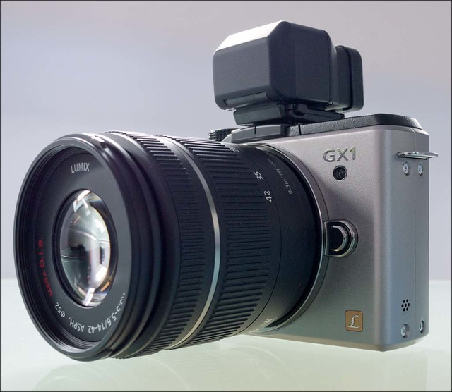 Panasonic Lumix GX1 14mm GF3 14-42mm