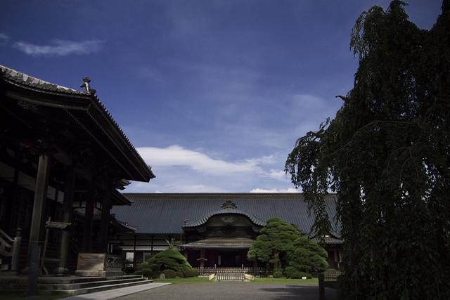 110626_154552_EP2_Mt. Minobu_Kuon temple