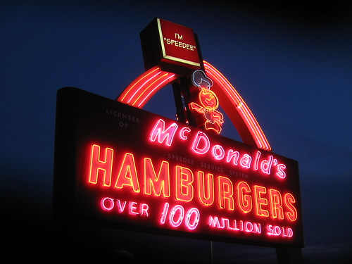 sign wisconsin night neon mcdonalds greenbay wi browncounty 2011 phastphood