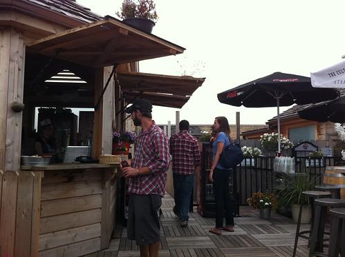 The Food Hut @ Gene's