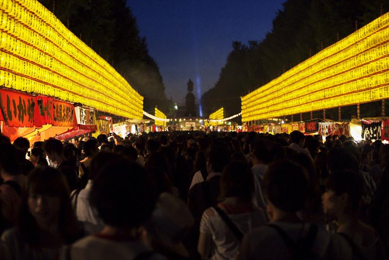 110715_193016_EP2_靖国神社_御霊祭り