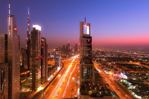 road blue sunset skyline last canon dubai mark zayed khalifa ii hour l 5d sheikh f4 2012 burj 24105 2011
