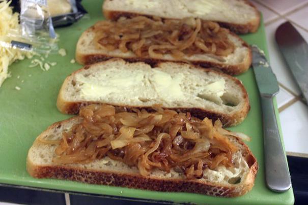 onionsonbread
