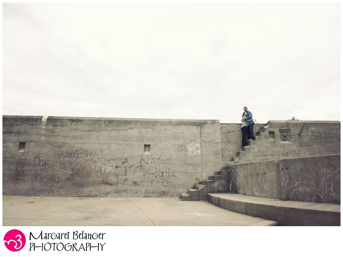 Fort-Revere-engagement-session-Hull