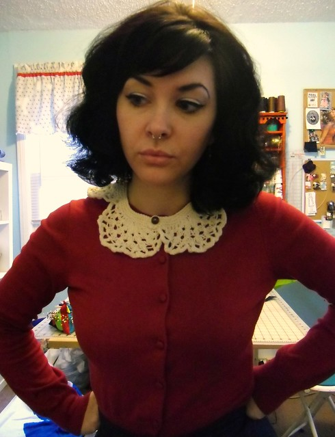 knitted lace collar