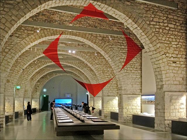 Exposition lyon confluence cit de l 39 architecture et du for Z architecture lyon