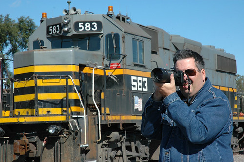 Eddie K taking railfan photos .  Chicago Illinois USA.  Saturday, October 15th, 2011. by Eddie from Chicago