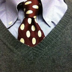 This is the necktie I wore today. Knot: Half-Windor