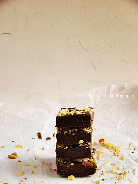 Rich Chocolate Fudge With Nuts