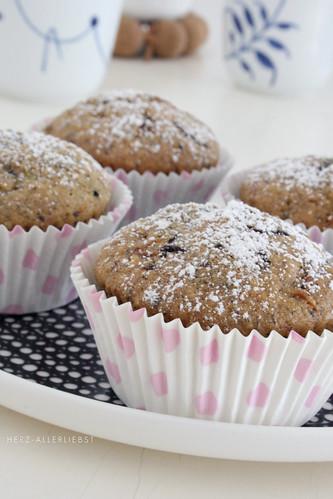 Zucchini hazelnut muffins