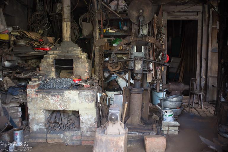 台南私藏景點--六甲三輪車蔥油餅 (8)