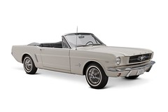 model car, automobile, automotive exterior, vehicle, first generation ford mustang, bumper, classic car, land vehicle, muscle car, convertible,