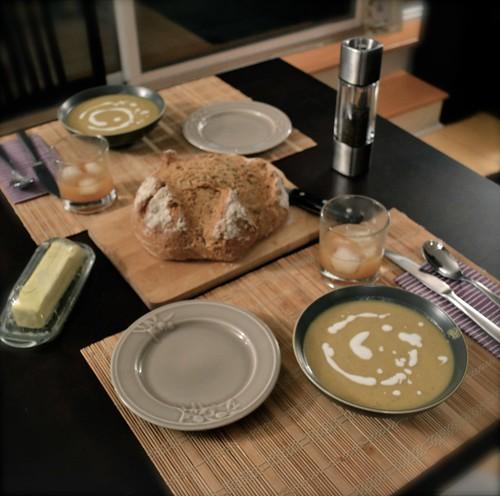 dinner, set.