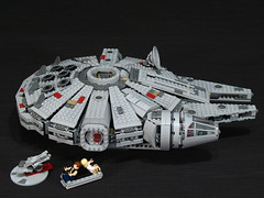 7965 Millennium Falcon Review: gunner stations