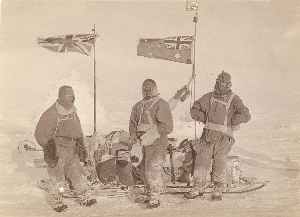 In full sledging gear on the plateau, 1911-1914
