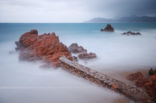 longexposure seascape storm france photoshop landscape pier nikon rocks raw nef cannes tripod wideangle ps paca filter provence gettyimages manfrotto d300 alpesmaritimes nd400 sigma1020 poselongue nikoncapturenx ndx400 capturenx2 yllogo ©yannicklefevre||photography filtrendhoya