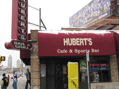 Hubert's Cafe & Sports Bar