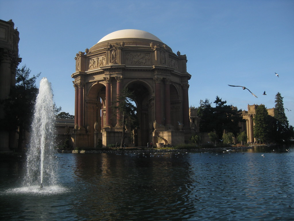 Palace of Fine Arts: Dome and Fountain