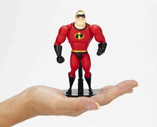 Mr-Incredible-Revoltech
