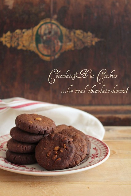 Chocolate&Nut Cookies