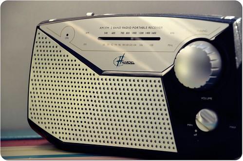Radio... by skoub