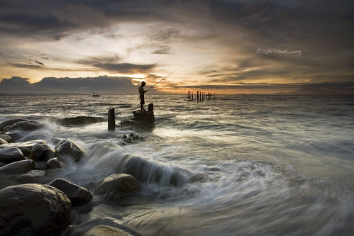 sunset seascape west beach canon indonesia landscape eos fisherman bravo 5d ang lombok pantai nusa randi barat tenggara ampenan exharbor