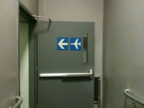 This way to plane