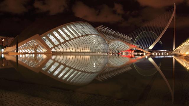 Santiago Calatrava's Masterpiece, The Fish