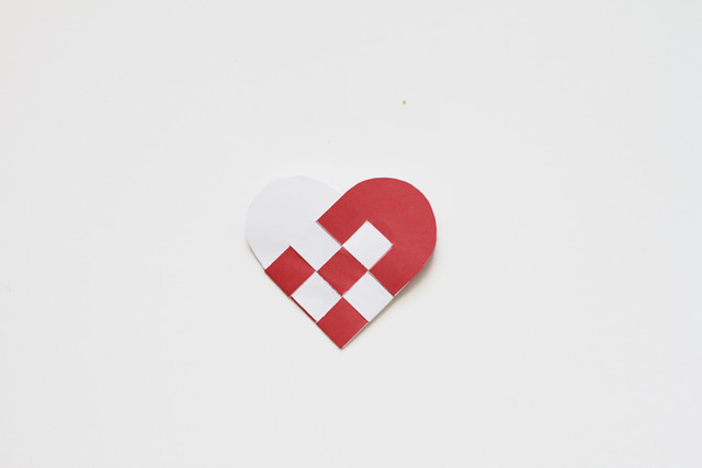 Paper Danish Heart Ornament